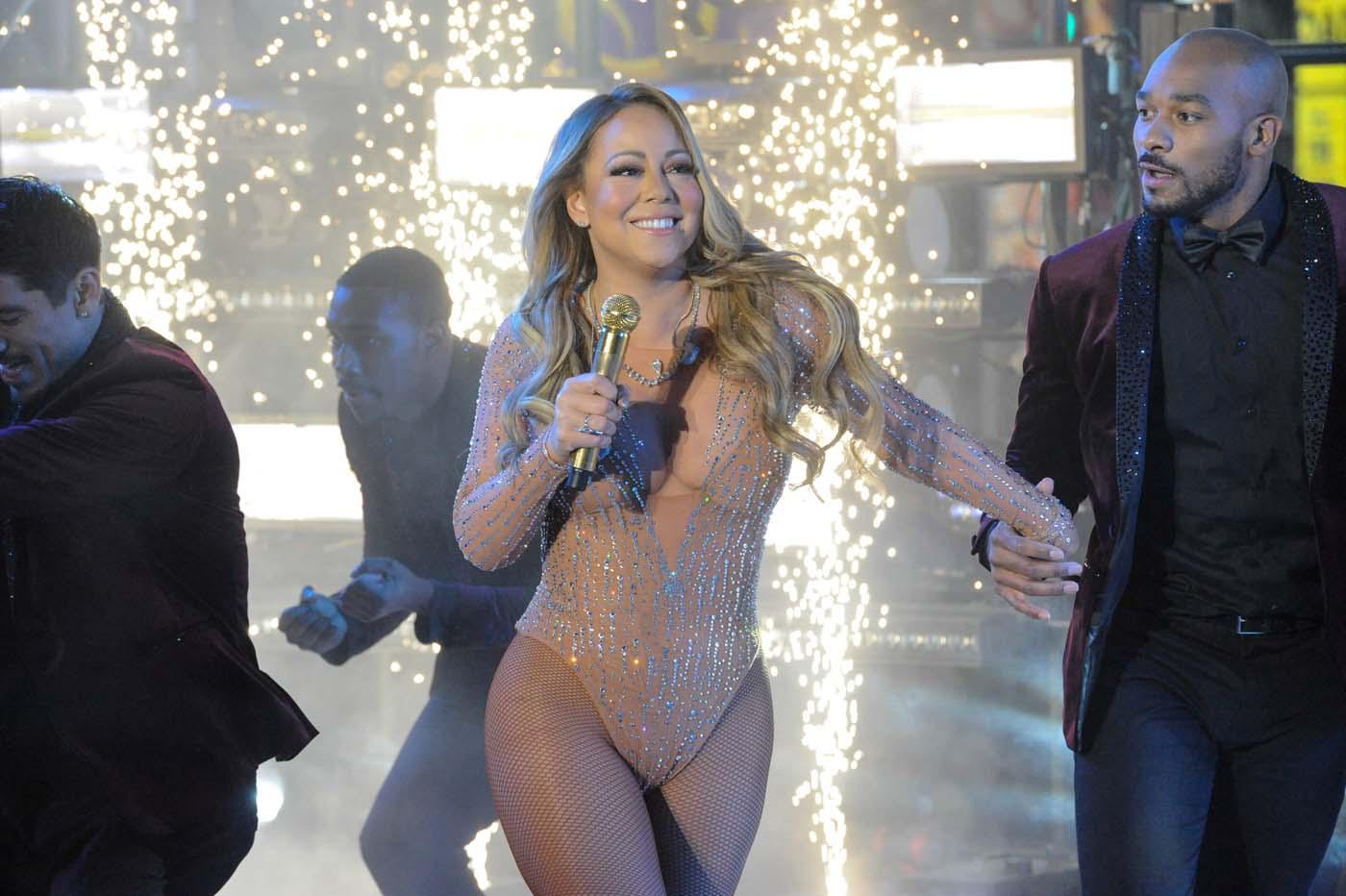 Mariah Carey abandona el escenario durante fiesta de fin de año en Times Square