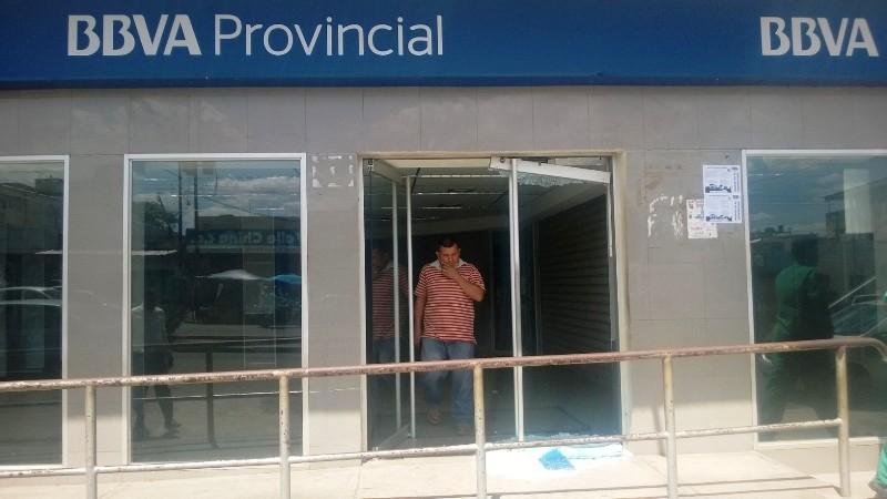Atacadas por desconocidos dos entidades bancarias en Valle de la Pascua