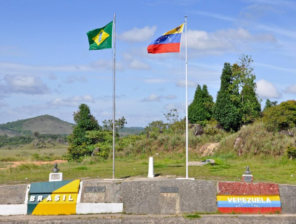 Brasil permite residencia temporal a venezolanos afectados por la crisis