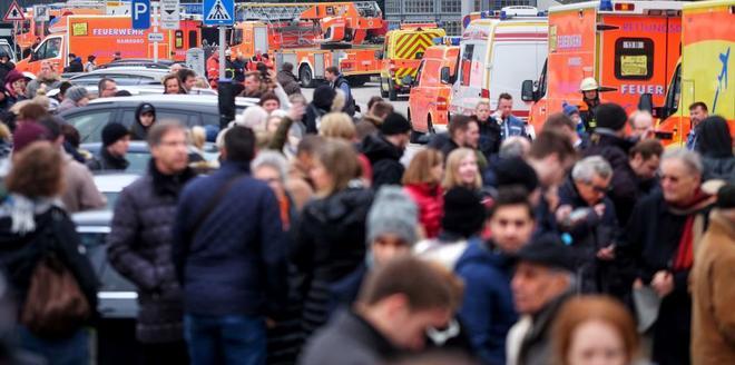 Reabre el aeropuerto de Hamburgo tras cierre por escape de sustancia no identificada