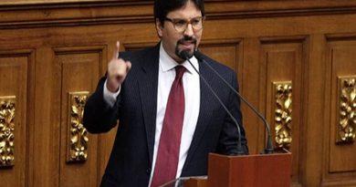 Freddy Guevara recibe protección de Chile
