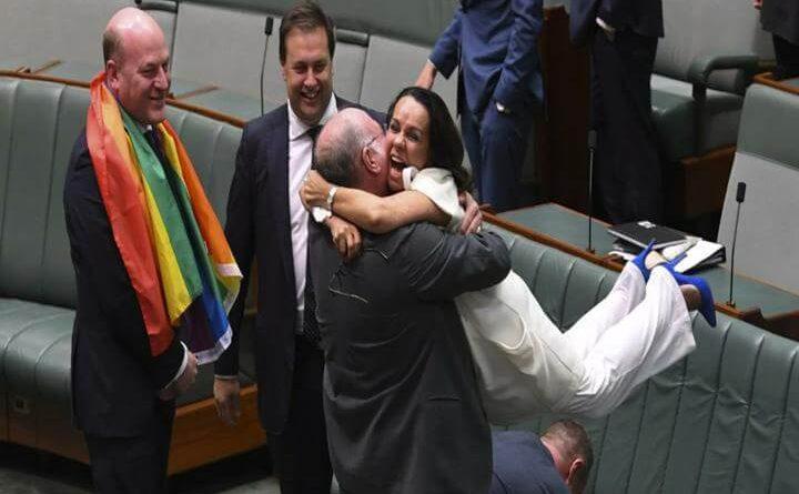 aprueba ley de matrimonio homosexual