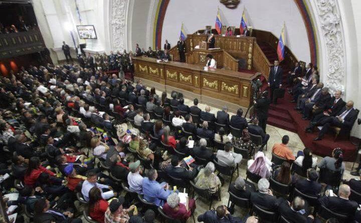 """Sobre diálogo: Maduro da una """"ultima oportunidad"""""""