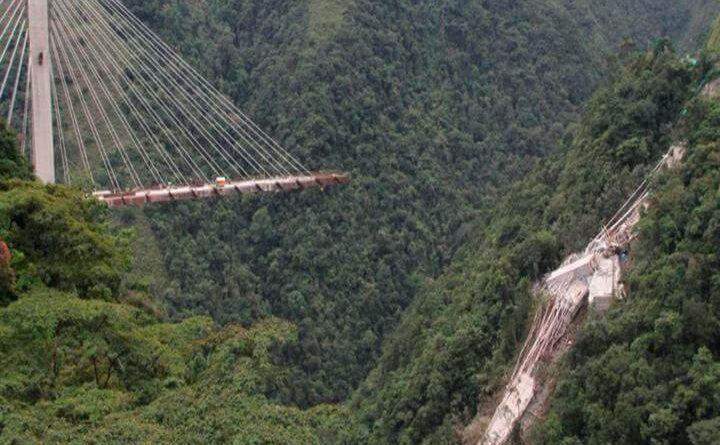 Colombia: Derrumbe de viaducto deja nueve muertos