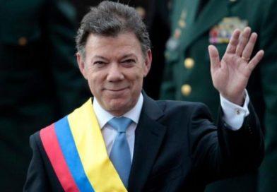 Clase de Harvard ovaciona contundentemente a Santos