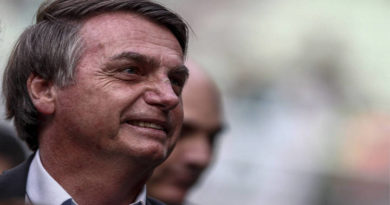 Bolsonaro duda y es sarcastico sobre la verdad oficial de la Comisión De la Verdad
