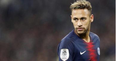 Continua incierto el futuro de Neymar, ante la indecisión del jugador