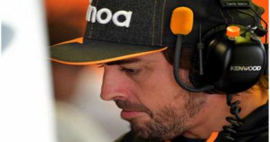Fernando Alonso, espera. sin asegurar nada, para la F1
