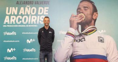 Valverde superó su problema y logra situarse en el segundo lugar del podio.