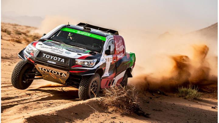 Toyota adelante en el Rally Dakar 2020