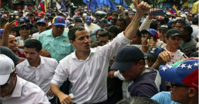 Guaidó en la concentración en Caracas