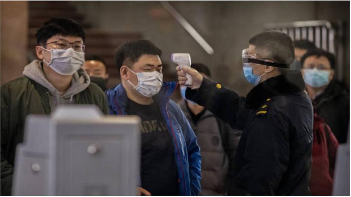 La OMS no quiere alarmar ante la propagación del virus de Wuhan