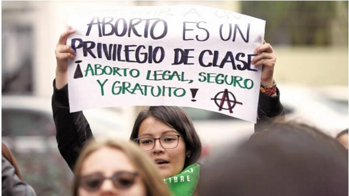 El aborto no es la solución, según el senador Juan Luis Castro