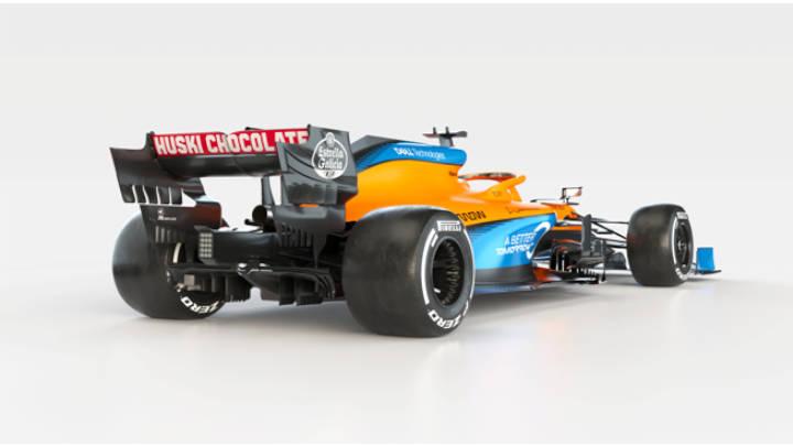 Vista posterior del auto nuevo de Mclaren