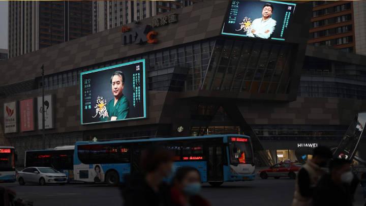 China vive su primer día sin registrar un nuevo contagio