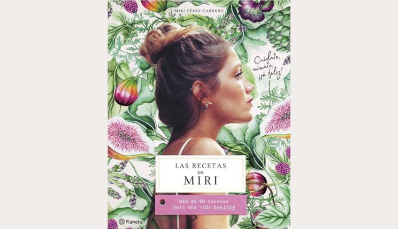 """Libro de recetas Se trata de libro """"Las recetas de Miri"""" contienen aproximadamente 90 recetas, ideal para llevar una vida sana. Si tu amiga es fanática de recetas muy saludables, este libro es perfecto para ella. Contiene consejos, ingredientes importantes y por supuesto los menús del día a día."""