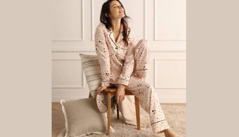 Pijama confeccionada en raso