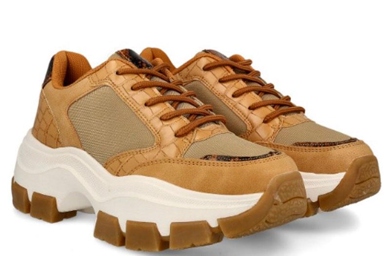 zapatillas o bambas deportivas