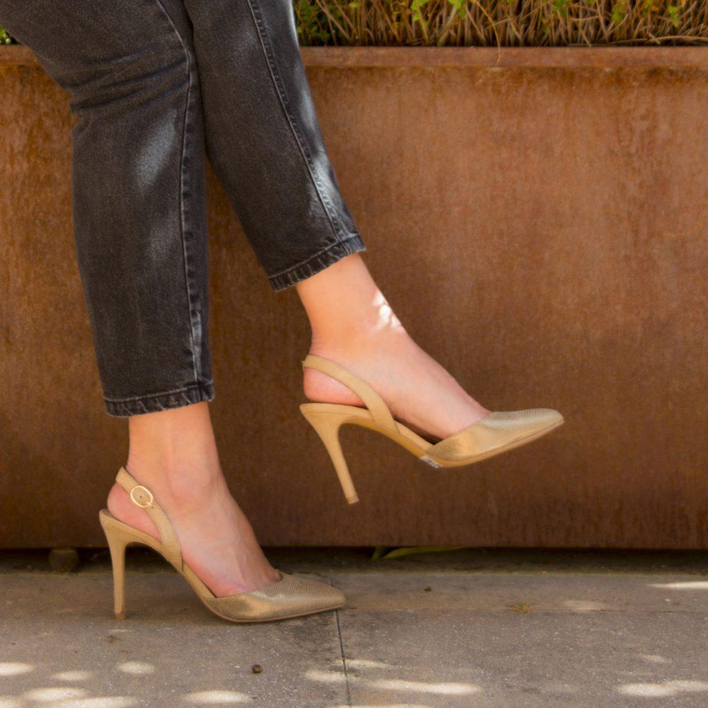 zapatos tacon aguja color beig