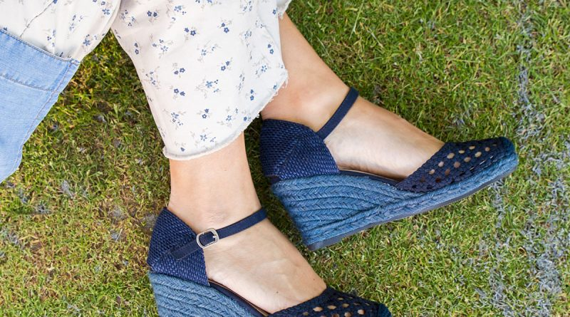 zapatos cuña esparto azul marino