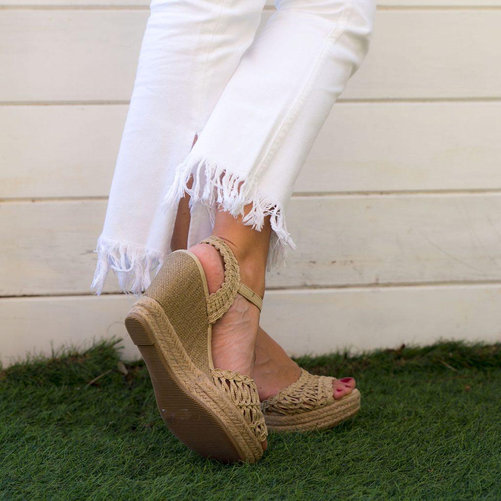 zapatos cuña esparto tejidas color beig