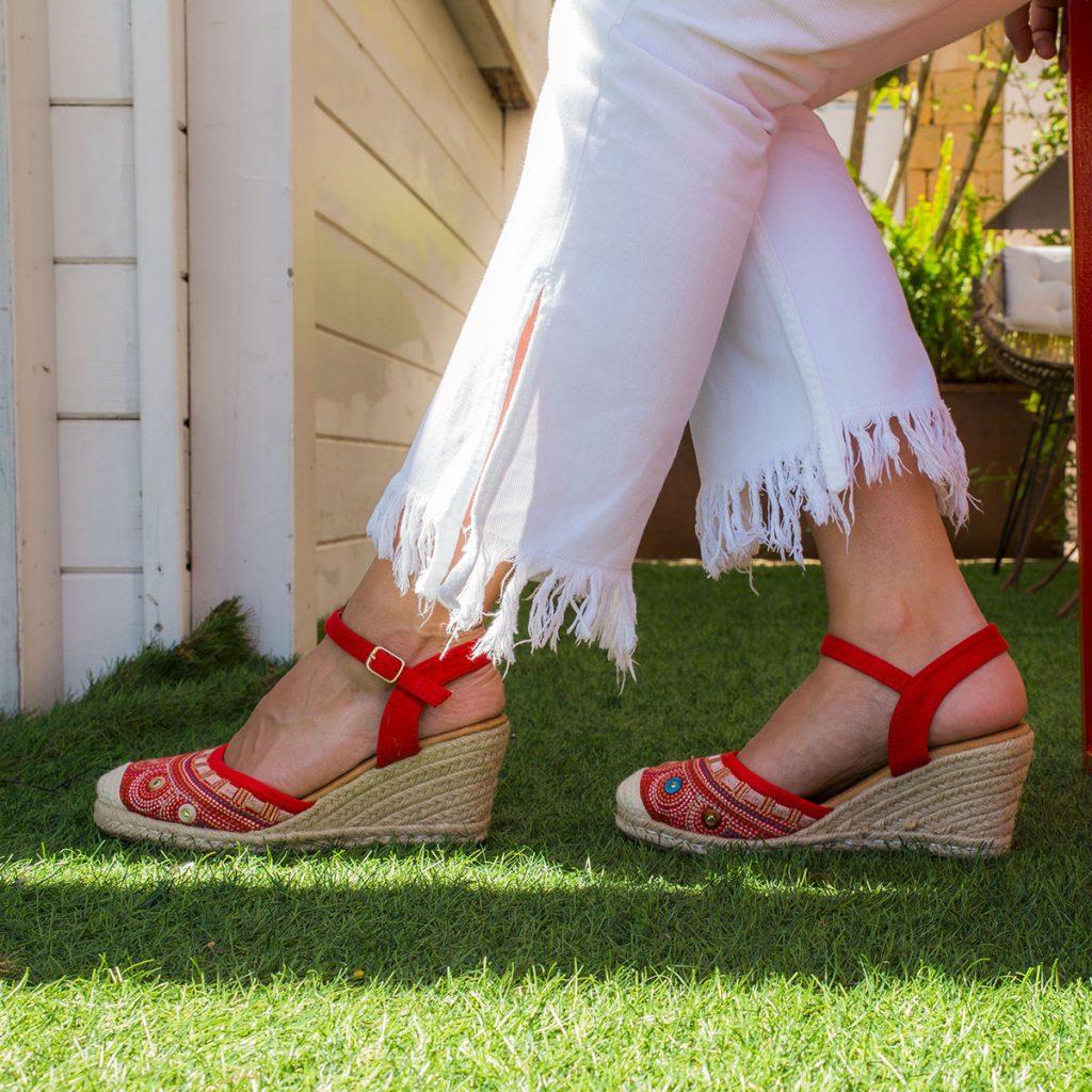 zapatos cuña esparto color rojo